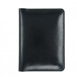 Front view of the traverse dual wallet holder